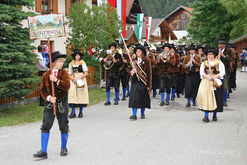 MK-Heiterwang-beim-Bezirksmusikfest-in-Weissenbach-2010-267.jpg