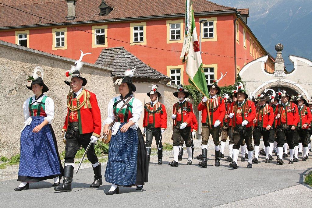 SK-Innsbruck-Wilten-bei-der-Eroeffnung-des-Wiltener-Platzls-2010-IMG-040.jpg